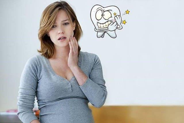 Đau răng là vấn đề thường gặp ở phụ nữ khi mang thai